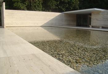 Buch der Steine - Mies van der Rohe Pavillon, Barcelona